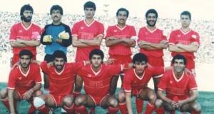 المنتخب السوري أواخر الثمانينات/مناف رمضان هو الثاني من اليمين والأسفل