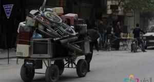 من مشاهد حركة النزوح الداخلي في الغوطة الشرقية جرّاء القصف الروسي/ خاص ألوان