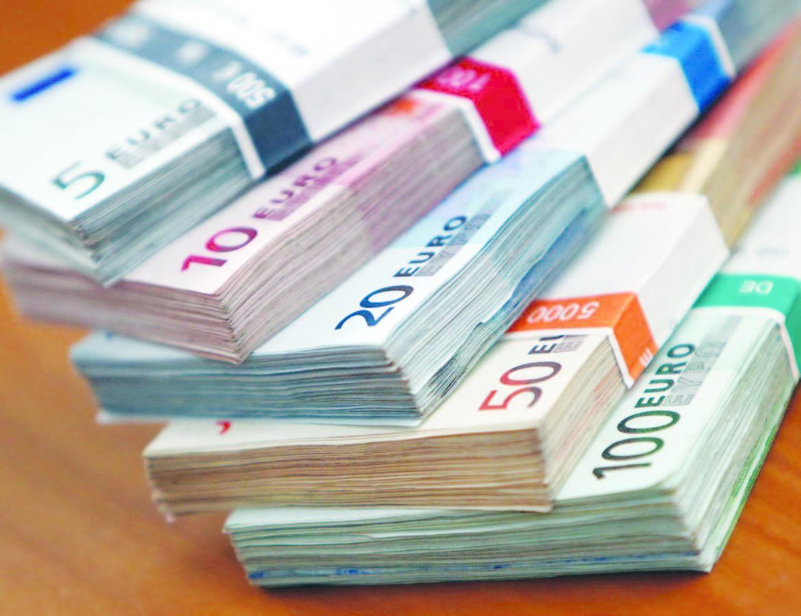 تركيا  348 مليون يورو مساعدات للسوريين