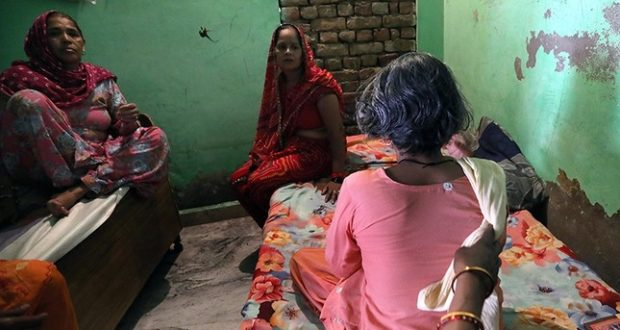 645x344-ghost-barber-causes-panic-among-women-in-north-india-1501764442894