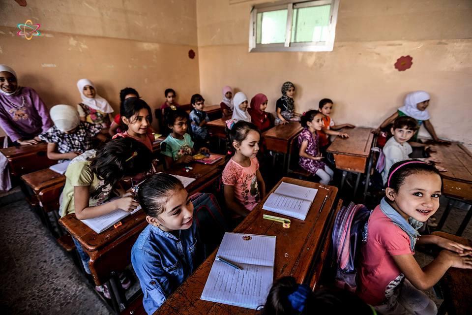 مدارس الغوطة الشرقية مستمرة رغم شُح الإمكانات
