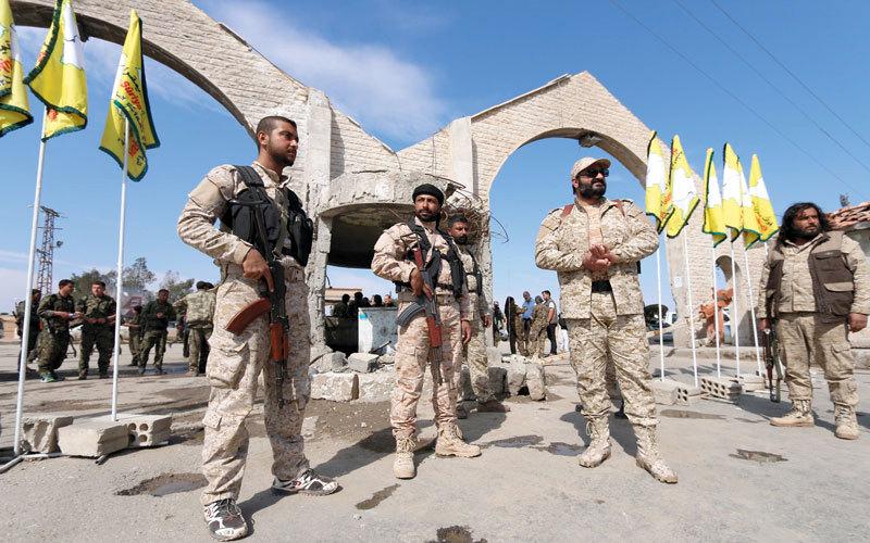 قسد تصف الوضع العسكري في الرقة بالصعب والمعقد...وناشطون يطلقون حملة لحماية الفارين من المعارك