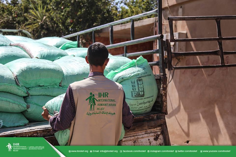 مشاريع إغاثية و تنموية في ريف حماة الجنوبي المحاصر قريباً