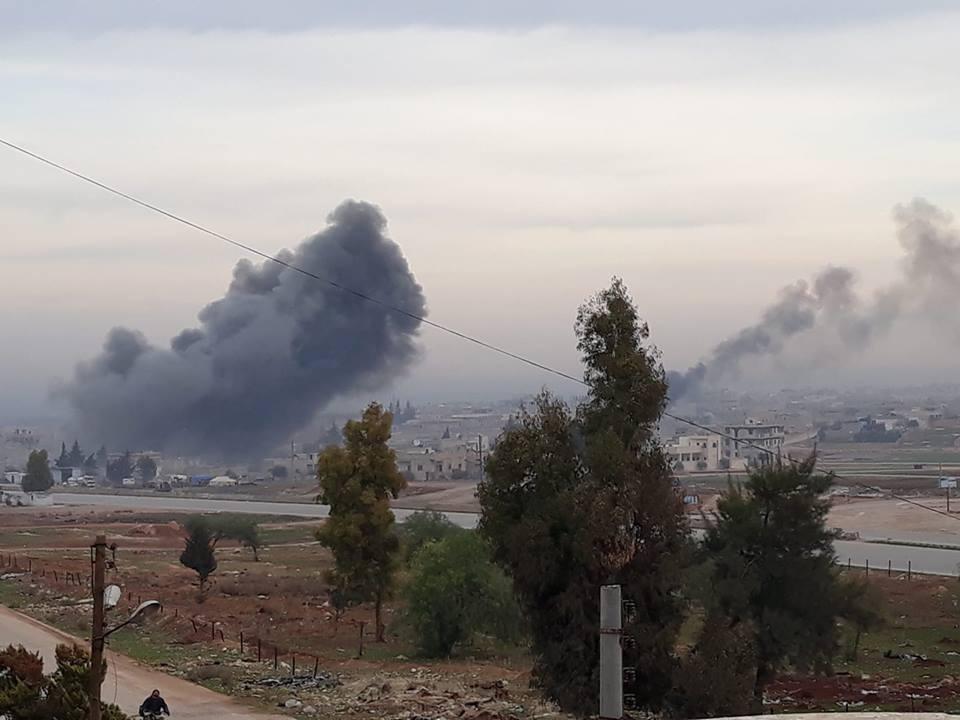 معارك كر وفر بين النظام والمعارضة جنوب شرقي إدلب والغارات الجوية تستهدف مسجدين في المحافظة
