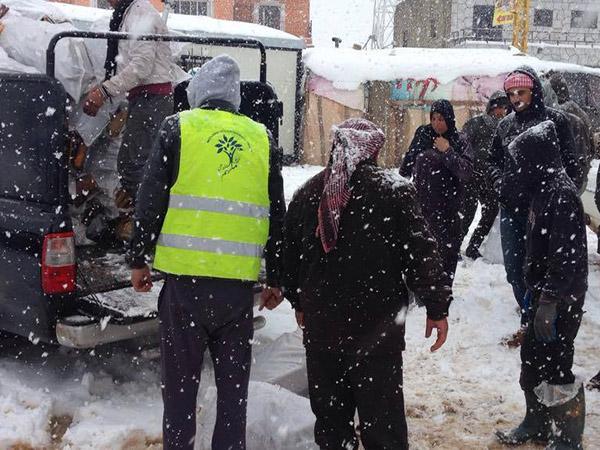 فريق ملهم التطوعي يطلق حملة عاجلة لمساعدة نازحي إدلب