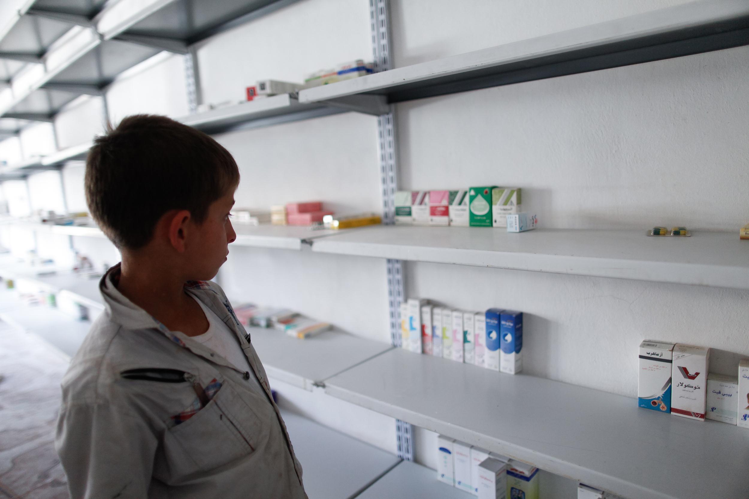 قرار جديد ينظم عمل الصيدليات في ريف حمص